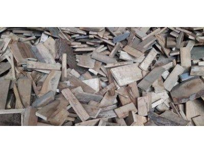 palivové dřevo BUK přířezy 30cm/1 prms - PŘÍZEZY BUK2.jpg