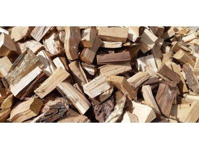 palivové dřevo mix BUK,DUB řezané 20-30cm/1 prms štípané
