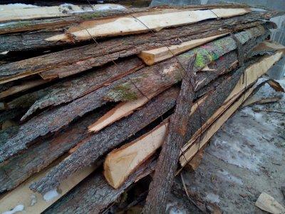 dřevěné odkory 4bm DUB