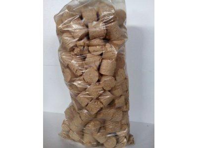 brikety válcové puky balení=32kg březové - IMG_20180215_122142.jpg