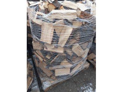 palivové dřevo DUB paleta štípané 1,2prms/pal